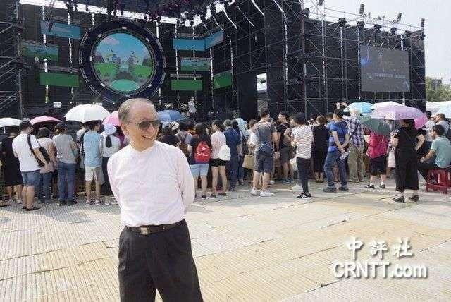 20170924-「中國新歌聲」活動原訂9月24日在台大舉行,《中評社》報導,上海市台辦主任李文輝、新黨主席郁慕明(見圖)、無黨聯盟立委高金素梅等人均在現場。(中評社)
