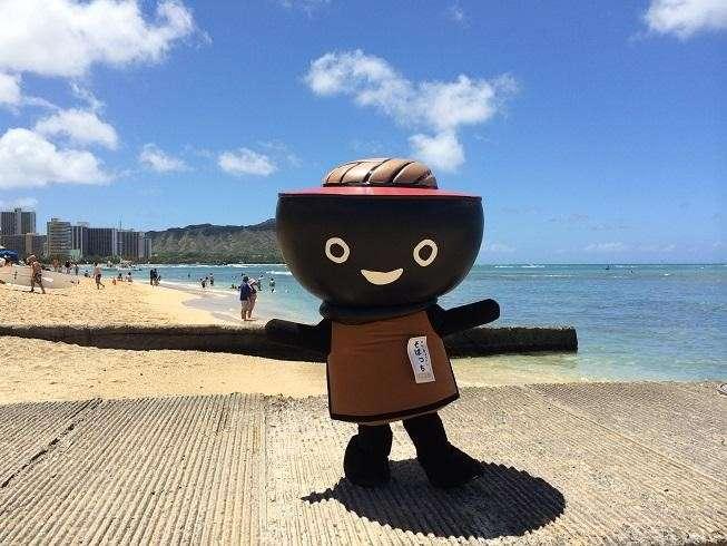 蕎麥弟是日本漆器的故鄉-岩手縣的吉祥物,造型是結合漆器及岩手縣招待客人用的蕎麥設計而成。(圖/高雄市政府新聞局)