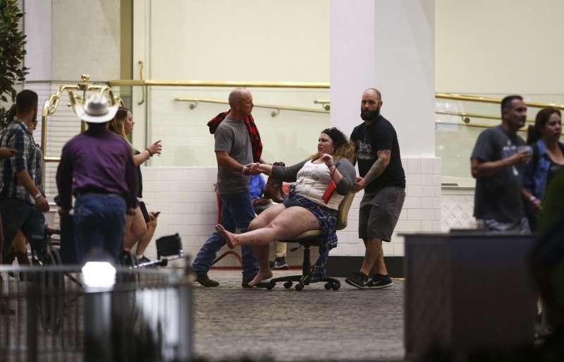 拉斯維加斯槍擊案,50死逾400傷。(美聯社)