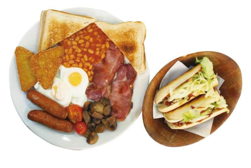 5鎊有找!CP值超高的英式早午餐La Fiesta。(圖/麥田出版提供)