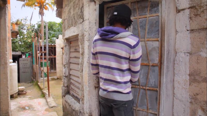 許多古巴男性都希望能遠離貧困生活,並冀望透過成為移民遠離家鄉。(取自CNEX)