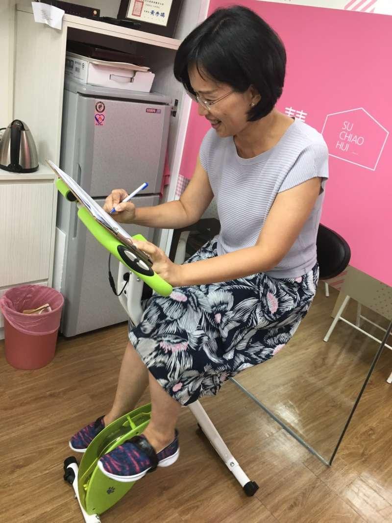 20171005-立法院瘋運動,民進黨立委蘇巧慧購入一台X-BIKE健身車。(王文萱攝)
