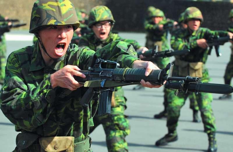 83年次以後的役男將接受4個月軍事訓練,沒有服替代役選項。(林瑞慶攝)