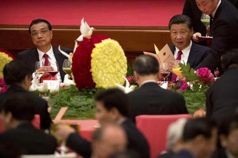 中共十九大前夕,領導階層國慶日聚會,習近平、李克強(AP)