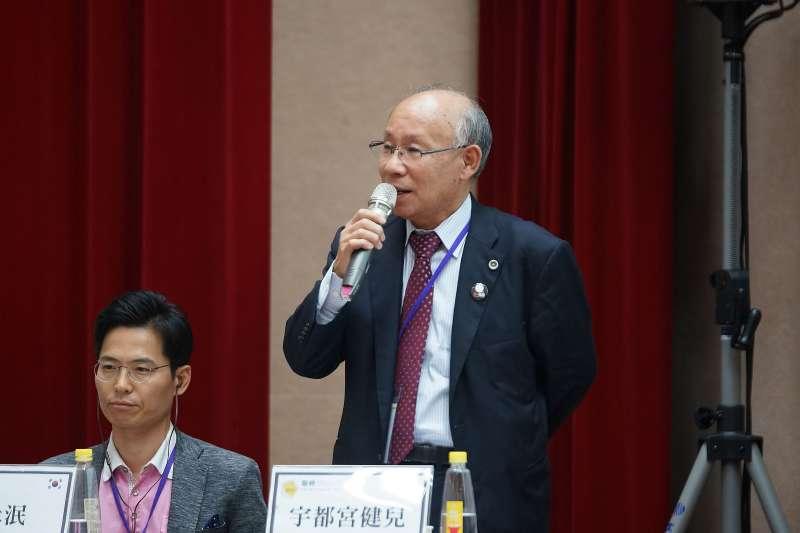 20171014-2017台日韓貧窮與債務國際研討會,宇都宮健兒律師發言。(盧逸峰攝)