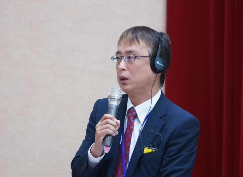 20171014-2017台日韓貧窮與債務國際研討會,小野慶司法書士發言。(盧逸峰攝)