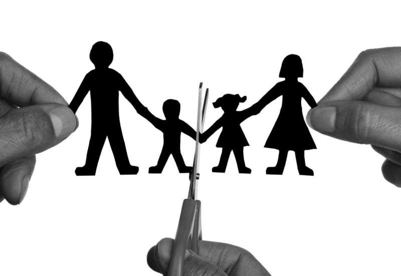離婚後孩子的監護權及探視權常常是雙方爭議的原因之一(圖/financialgazette)