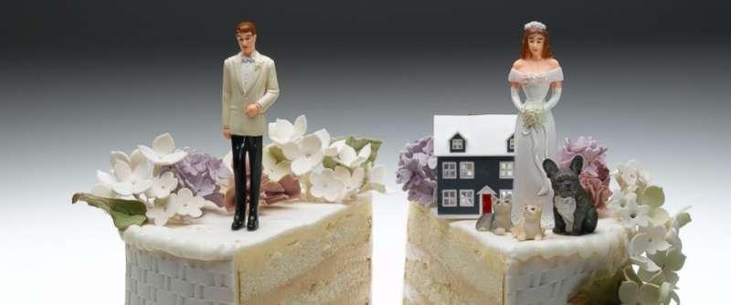 離婚後財產歸屬也是很頭痛的問題,建議尋找專業人員諮詢(圖/abcnews.go)