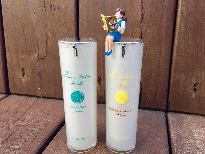 精華液如添加調整肌膚修護成分,更能加快補足肌膚所需水份(圖/朵韻 Dorene Stellar提供)