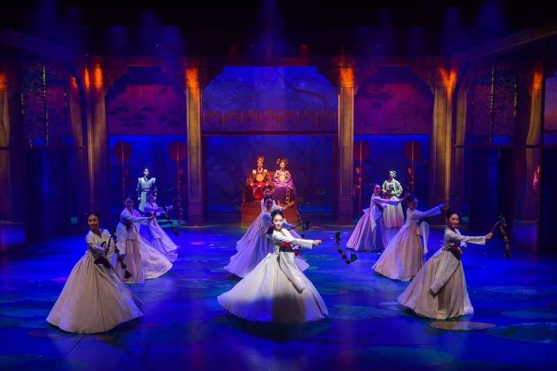 貞洞劇場傳統舞劇《蓮,再次綻放》(圖/韓國觀光公社提供)