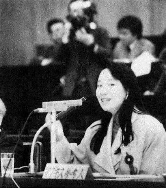 陳美齡曾以職業母親身分到日本國會發言,為工作中的媽媽爭取更友善的對待。(圖/遠見雜誌提供)