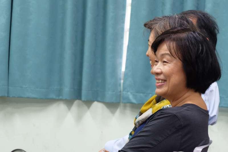 20171030-潮州國中「龍應台的作文課」,作家龍應台親身教導。(謝孟穎攝)