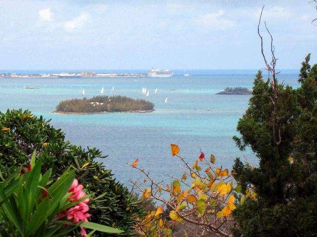 百慕達群島是富人的避稅天堂,也列名在2017年《天堂文件》。(圖/CIA資料庫)