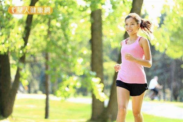 長期執行低強度運動身體容易適應,身體熱量消耗少,其實不利於減重。(圖/華人健康網提供)
