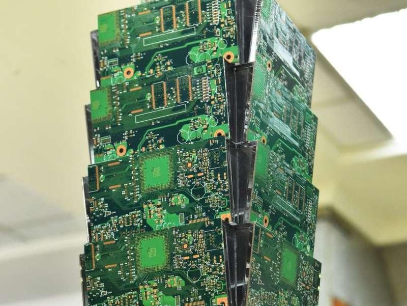 廢棄物處理循環經濟特展,廢棄電路板製成101大樓。(圖/桃園市政府提供)