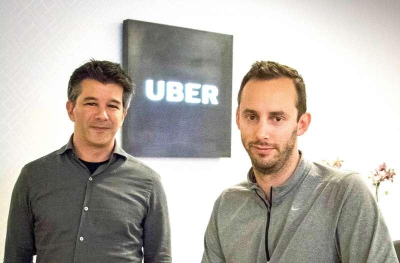 Uber執行長卡拉尼克(左)與Otto創辦人李文多斯基(右)。(圖/top photo,數位時代提供)