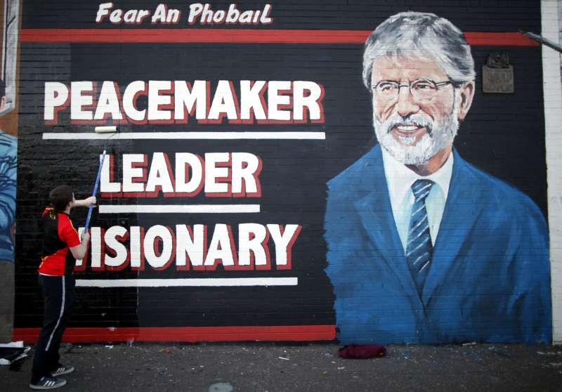 北愛爾蘭新芬黨領袖亞當斯宣布明年卸任。(美聯社)