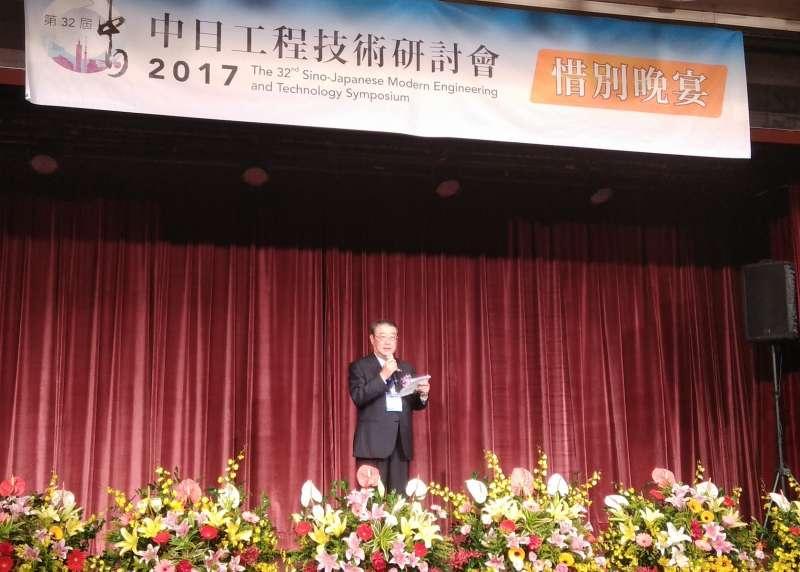 第32屆中日工程技術研討會日方副團長阿部忠致詞。(圖/葉滕騏攝)