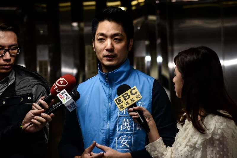 20171125-國民黨台北市黨部慶祝建黨123週年黨慶活動,蔣萬安接受媒體採訪。(甘岱民攝)