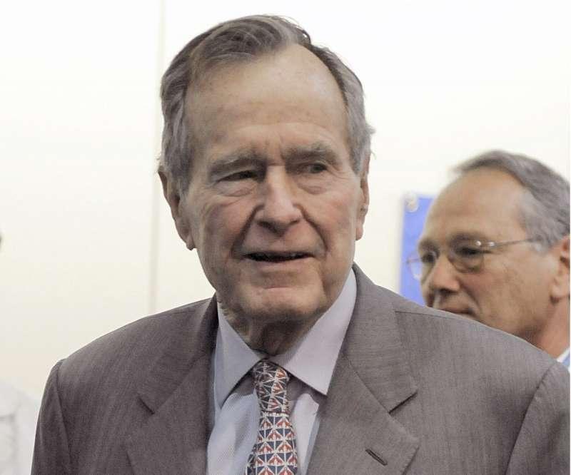 美國前總統老布希(AP)