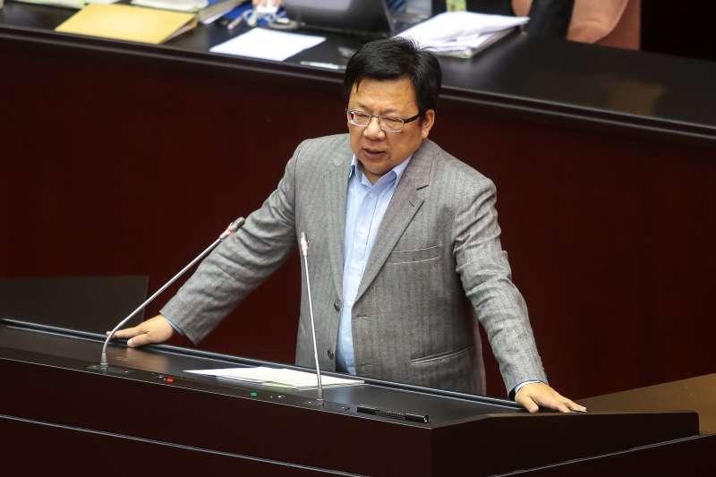 20171205-民進黨立委李俊俋5日於院會處理「促進轉型正義條例草案」廣泛討論時發言。(顏麟宇攝)