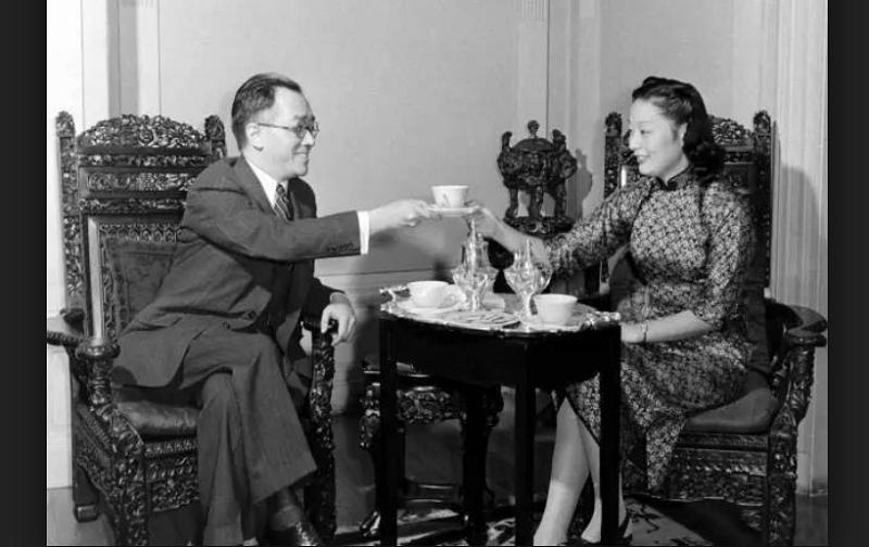 胡適愛吃茶,是名符其實的「茶博士」。