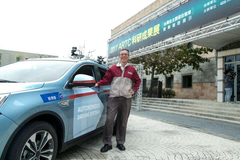 廖慶秋表示,車輛中心一年前就延伸出一家「慧展」新創公司,產品為影像辨識與雷達辨識,他希望未來的第二家新創公司,能好好設計自駕小巴,帶動台灣供應鏈發展。(圖/吳晴中攝,數位時代提供)