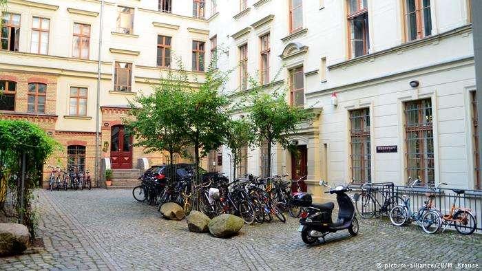 德國公寓之間喜歡留下小小中庭。(德國之聲)