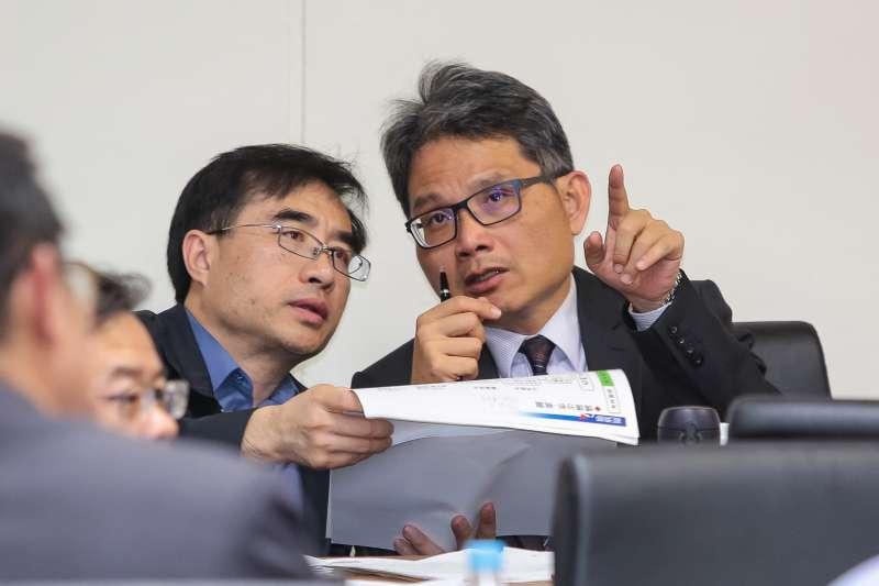 20171214-水利署長賴建信(右)14日於經濟委員會備詢。(顏麟宇攝)