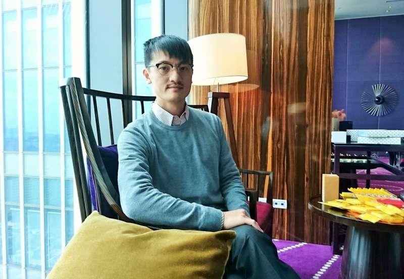LINE台灣團隊服務企劃負責人林慶達表示在訊息回收功能推出前,內部針對多種可能情境做過評估。(圖/何佩珊攝,數位時代提供)