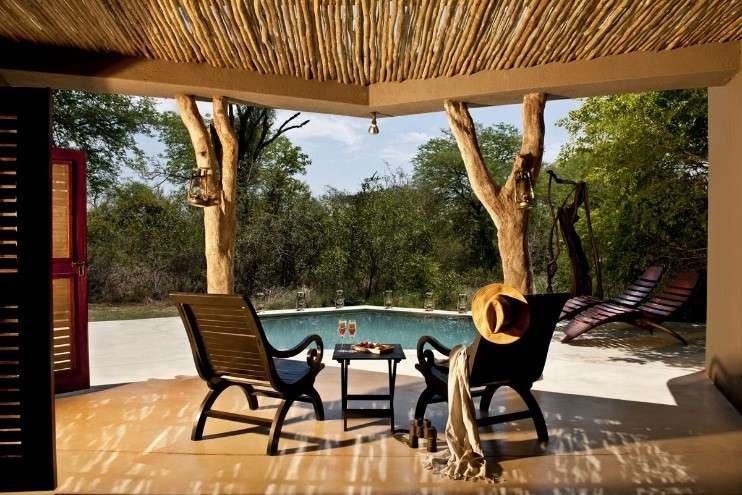 南非的Sabi Sabi Bush Lodge,曾經榮獲Travel Leisure雜誌,評鑑為世界百大旅館第9名。(圖/Sabi Sabi官網)