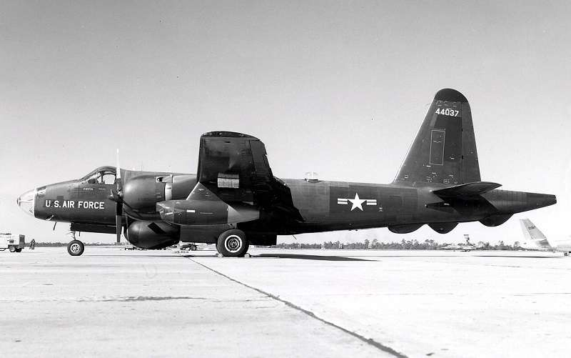 P2V-7U/RB-69A電子型偵察機。