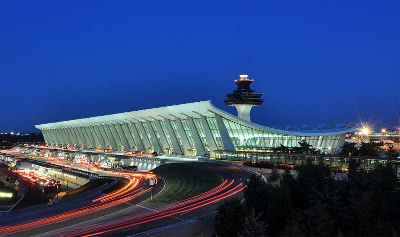 2017-12-26-美國杜勒斯機場(Dulles Airport)。(Joe Ravi@Wikipedia-CC BY. SA 3.0)