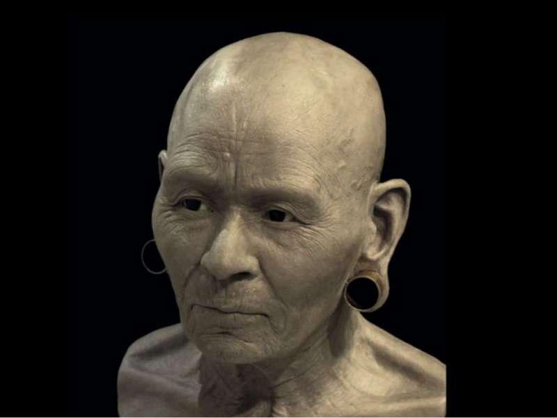 考古學家與專家們花費 220小時 重新建構華美女王的樣貌。(圖/翻攝自每日郵報)