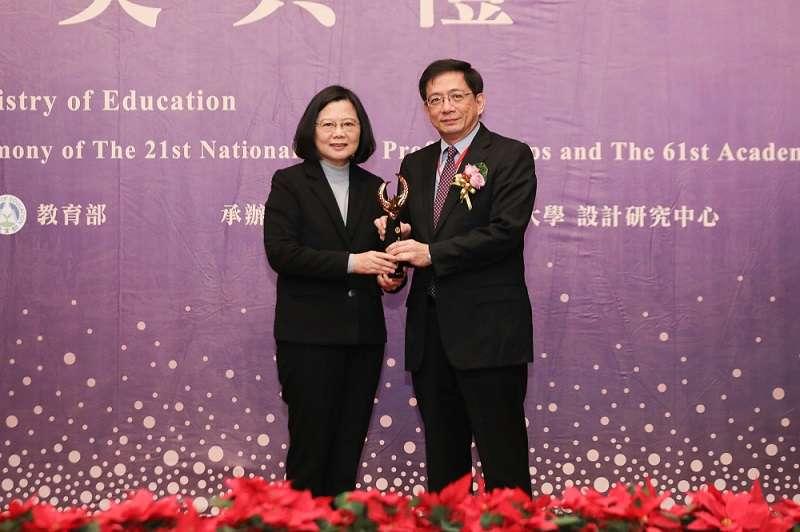 去年底甫獲得國家講座學術獎的中研院院士管中閔當選台大校長。(教育部官網)