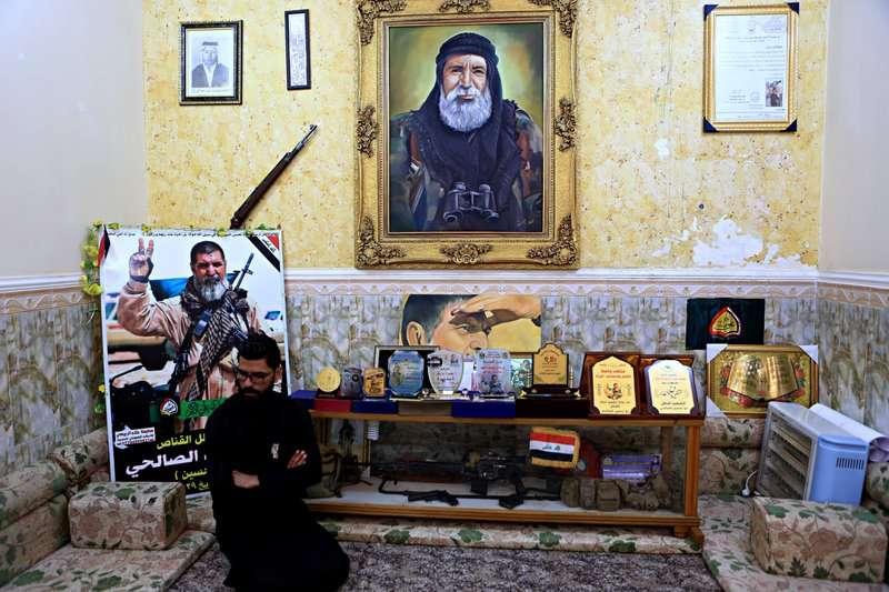 伊拉克什葉派軍團的狙擊手,戰死後獲得崇高讚譽。(美聯社)