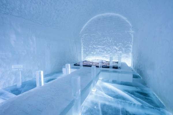 設計師 Franziska Agrawal所設計的 「Danger Thin Ice」(圖/Asaf Klige Ice Hotel Jukkasjärvi)