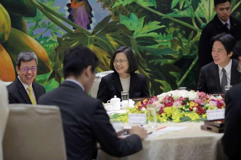 20180111-總統蔡英文11日與五院院長餐敘。(總統府提供)