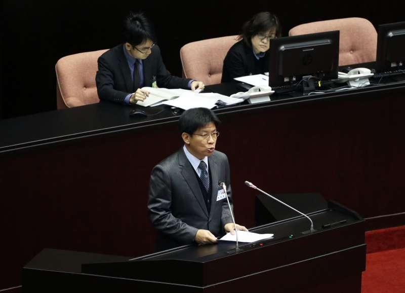 20180112-立法院臨時會第一次全院委員會上午登場。圖為監察委員被提名人高涌誠。(蘇仲泓攝)