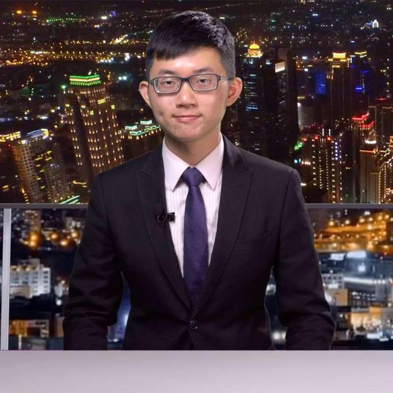華視總經理郭建宏才剛被開除,近日又傳出當家主播蘇逸洪求去,接棒人選竟是網紅「視網膜」,引起外界揣測。(取自視網膜 Retina臉書粉絲專頁)