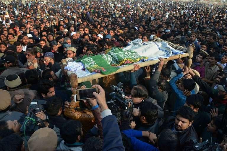 塞娜布的葬禮於1月10日舉行(AP)
