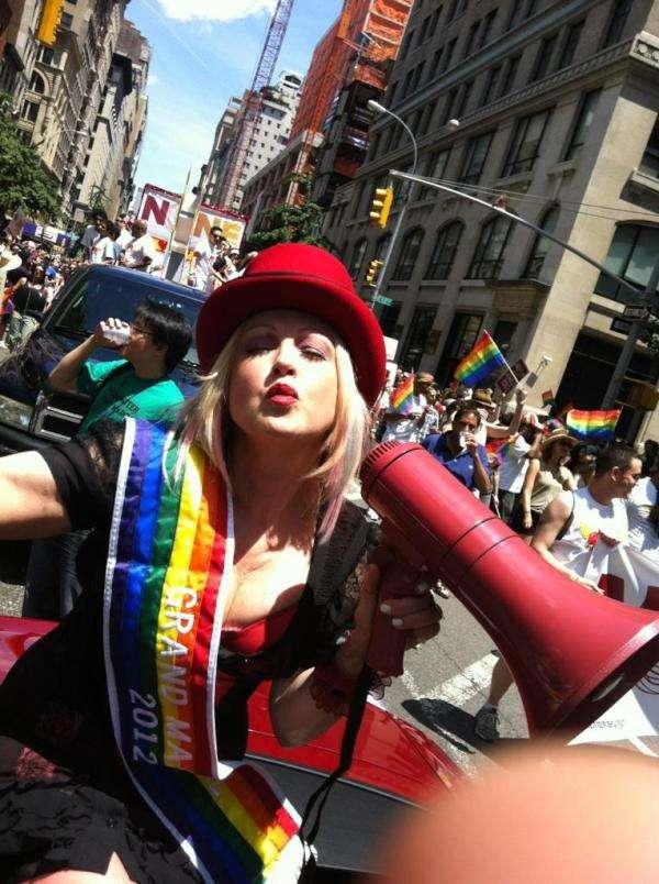 Cyndi Lauper_parade