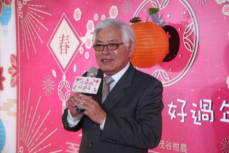 20180117-雲林縣長李進勇出席雲林茂谷柑行銷在立院舉行「吃柑甜,好過年」促銷記者會。(陳明仁攝)