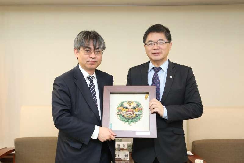 20180119-日本內閣官房參事官來訪,參考西拉雅經驗為愛努族推正名。(台南市政府提供)