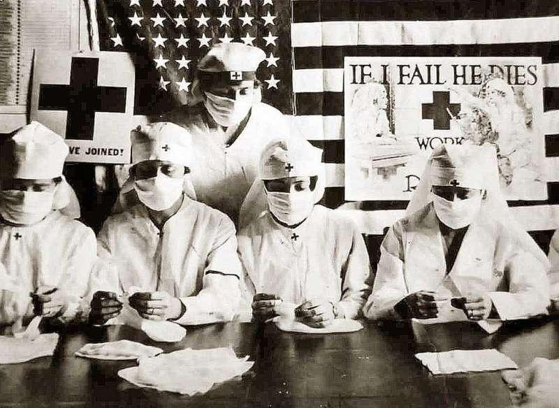 1918年西班牙流感疫情嚴重,美國紅十字會人員宣導防疫知識。(圖/National Museum of the U.S. Navy@flicrk)