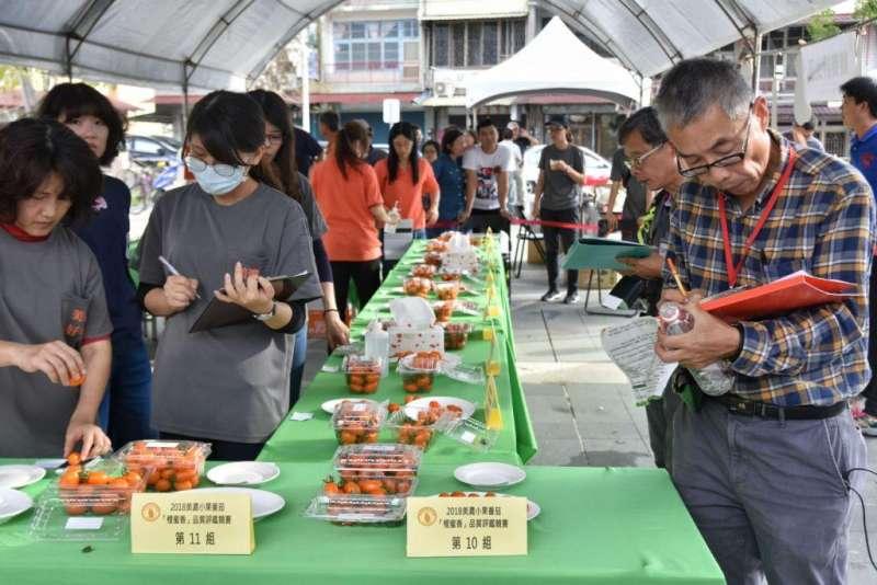 農會每年定期在年初辦理橙蜜香番茄品質評鑑競賽,今年已經來到第六屆,讓生產者與消費者都能建立優質果品的指標,保障產業正面的發展。(圖/高雄市政府農業局提供)