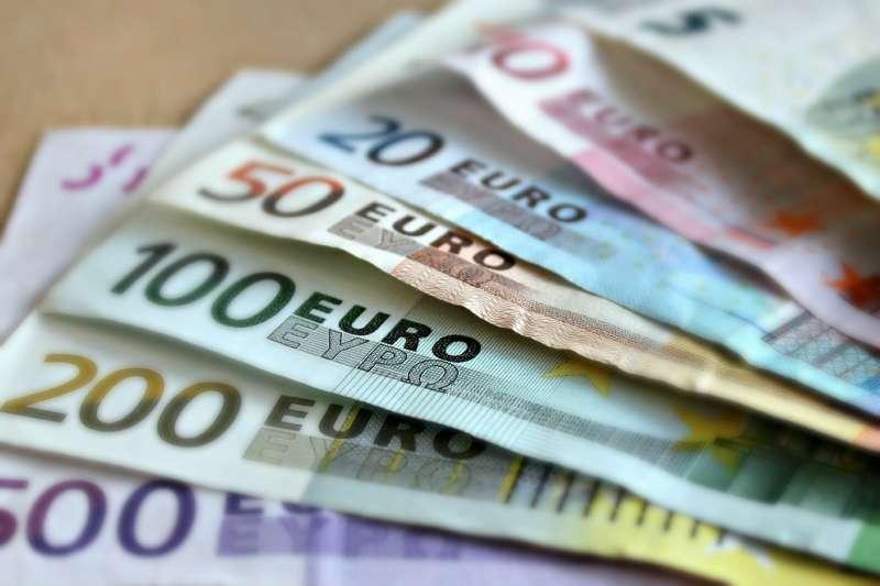 bank-note-209104_1920.jpg