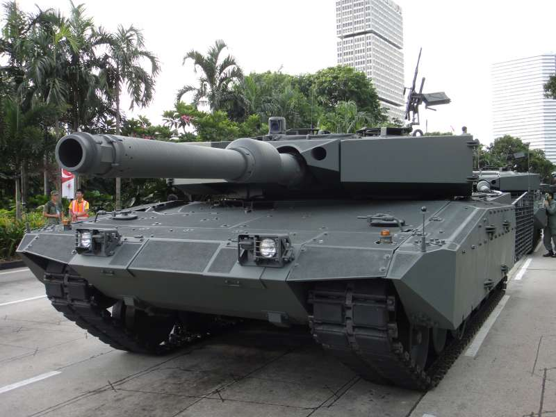 upgraded_leopard_2a4_sg_ndp_2010.jpg