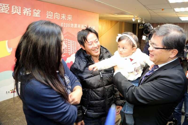 南台強震將屆滿兩周年,台南市長李孟諺今(5)率領相關局處舉行記者會,強調會持續對重建戶的關懷及關注各項重建工程進度。(圖/台南市政府提供)