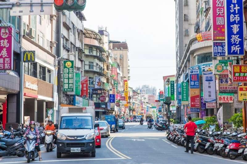泰山明志路熱鬧商圈 滿足日常生活各項機能(圖/合登上豪提供)